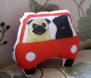 2 Pugs on a Joy Ride!